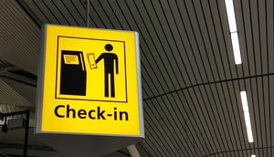 Check-in Anzeige am Flughafen