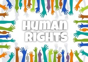 Menschrechte gezeigt werden viele Hände, © Bild von Gerd Altmann auf Pixabay