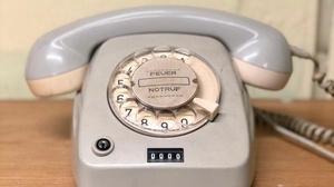 altes Telefon, © Eckhard Hoehmann/unsplash