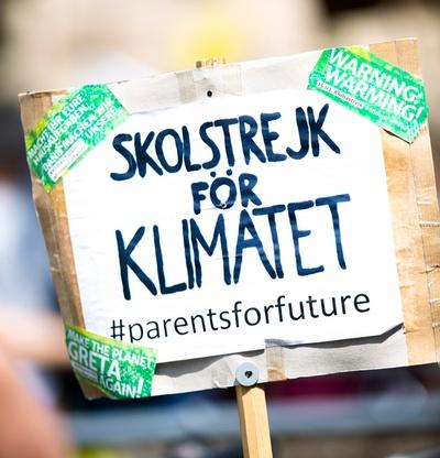 Plakat: Skolstrejk för Klimatet (Schulstreik für das Klima)