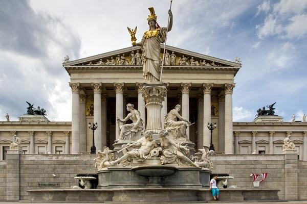 Parlament in Wien, © Bild von andreas N auf Pixabay.