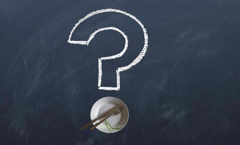 Fragezeichen und Teller, © Bild von geralt auf Pixabay